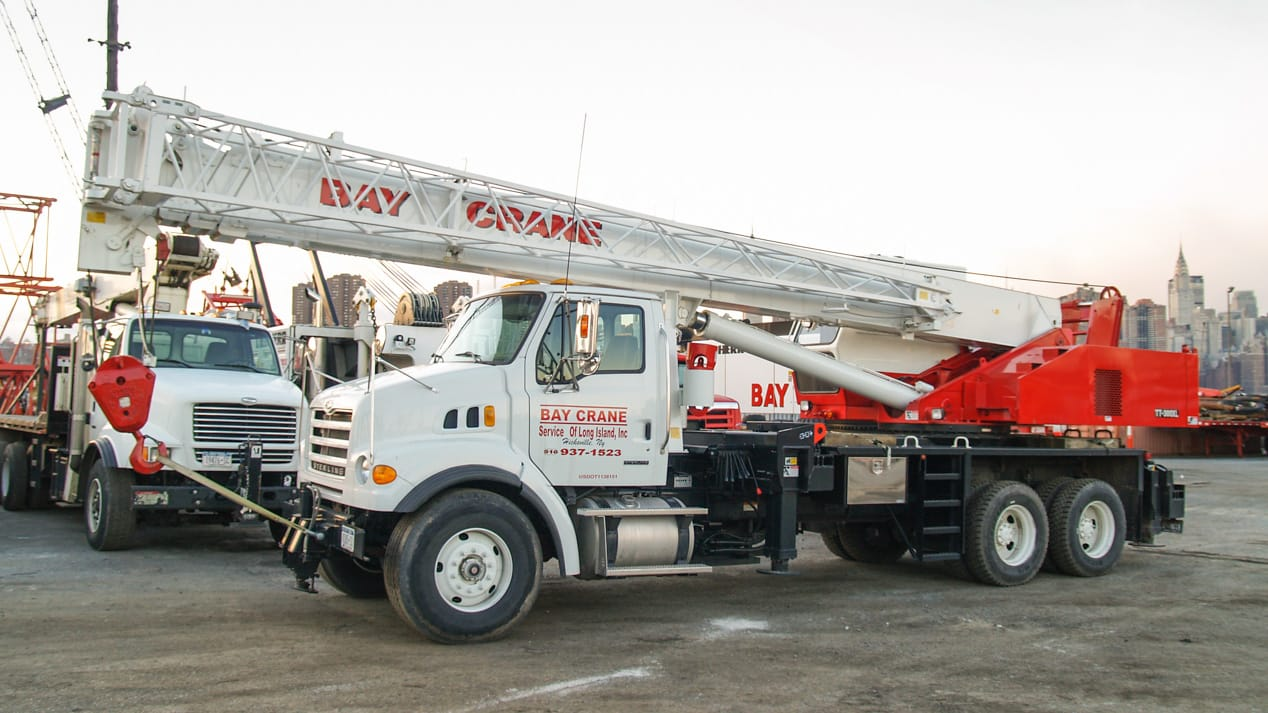 TT 300 truck crane mounted on a truck chassis